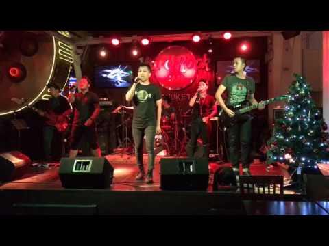 T-rex band bali-bohemian rhapsody cover
