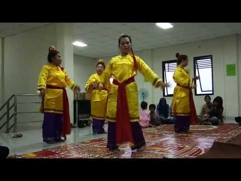 Tari Cokek Cina Benteng (Cokek Dance - Benteng Chinese Community)