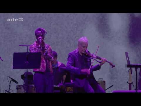 Saul Williams and John Cale - Heroin (Velvet Underground). Mind blowing version !