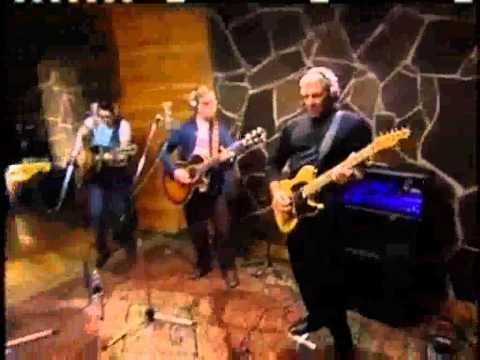 Rush - Closer To The Heart (with lyrics)