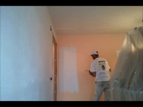 Como tapar el gotele plastificado con masilla youtube for Como cubrir una pared