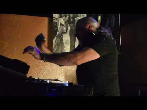 DJ GAMY@DISCOTECA FIKO' -PD- 11NOV2017 - 2^ Parte (Video by Cinzia T.)