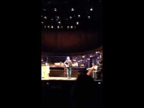 Once the Musical - Arthur Darvill and Zrinka Cvitešić sing Falling Slowly at the Phoenix Theatre