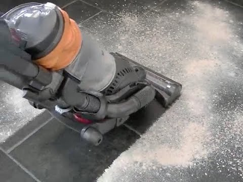 Dyson DC25 Multi Floor Bagless Upright Vacuum Cleaner Home Demonstration