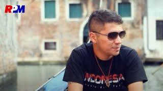 Gading Marten - Merindu (Official Music Video)
