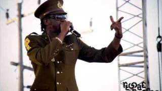 BOUNTY KILLER - CHATTA BOX (Kartel diss) FUNNY VID HQ!!!