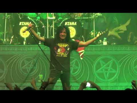 Anthrax  Caught in a Mosh  Madhouse Santiago, Chile 2017