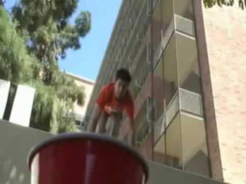 Video- Khả năng ném bóng điêu luyện - Phi thường - kỳ quặc.flv