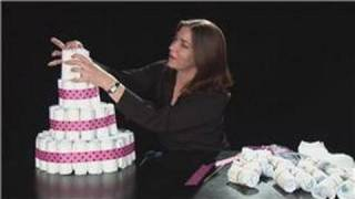 YT - Baby Showers : Diaper Cake for a Baby Girl