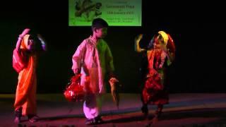 Thakur Jamai Elo Bari Te - Dance performance by little kids during Saraswati Puja celebration 2015