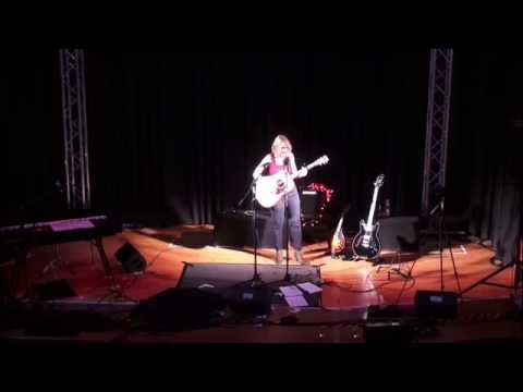 A whiter shade of pale - procol harum  acoustic cover  -  Katja Werker live performance
