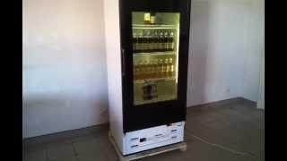 видео Холодильный шкаф для напитков