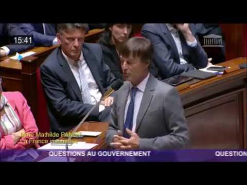 NUCLEAIRE : Nicolas Hulot répond à la députée M.Panot (FI) sous l'oeil attentif de Mélenchon...