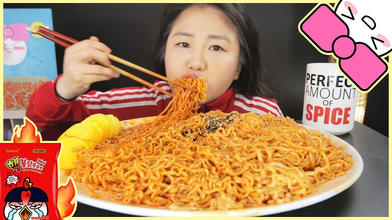 Top 10X SPICY NUCLEAR FIRE MINI NOODLE CHALLENGE!! l GIVEAWAY