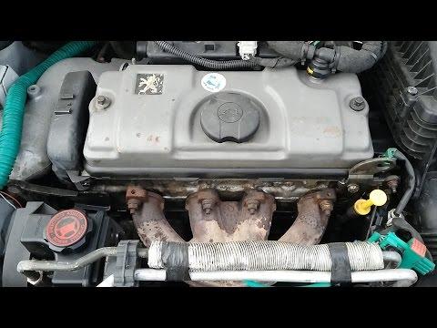 Когда мотор умирает, сизый дым из выхлопной трубы \\ Максим Исаев \\