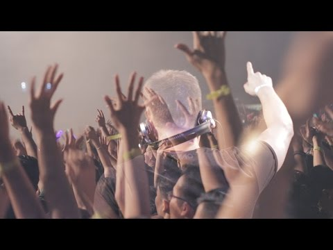 Escape Music Festival Halloween 2015 | Rave in Color
