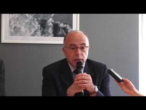 Bernard Cazeneuve à Caen