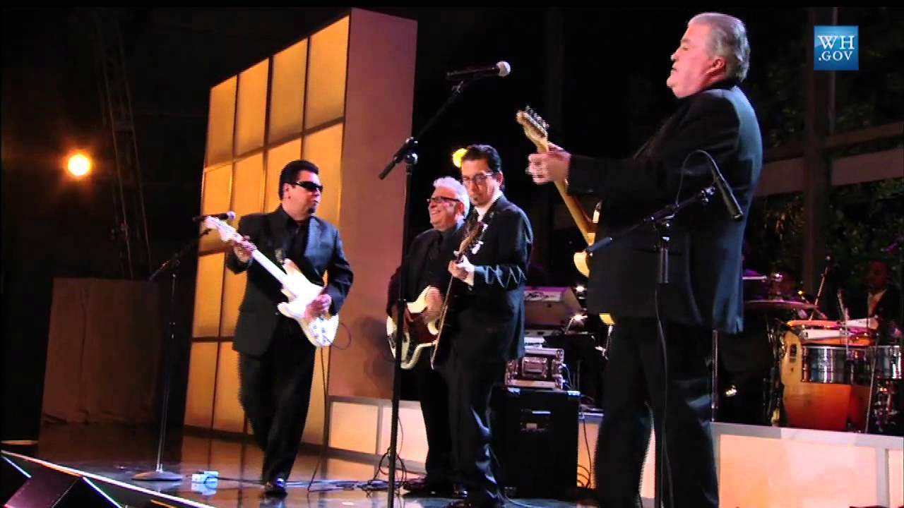 Los Lobos at In Performance at the White House: Fiesta Latina - YouTube