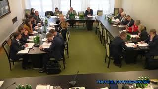 Rząd powinien dbać o konsumentów - Janusz Korwin-Mikke na komisji senackiej