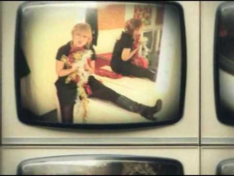 Il video di Natale di Radio Deejay
