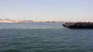 القاطرة بركة ترافق عبور أول سفينة فى قناة السويس الجديدة 25يوليو 2015