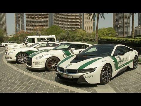 Дубай полицейские машины видео дом в испании купить у моря