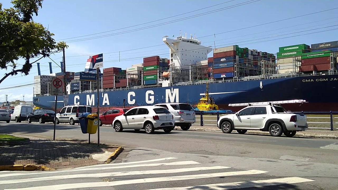 Navio cargueiro CMA CGM Jacques Junior