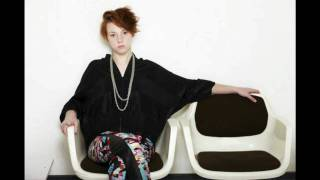Download La Roux - Bulletproof (Gretina Club Remix) MP3 song and Music Video