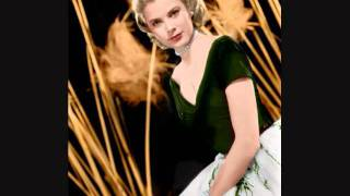 Grace Kelly   Exquisitely Regal Thumbnail