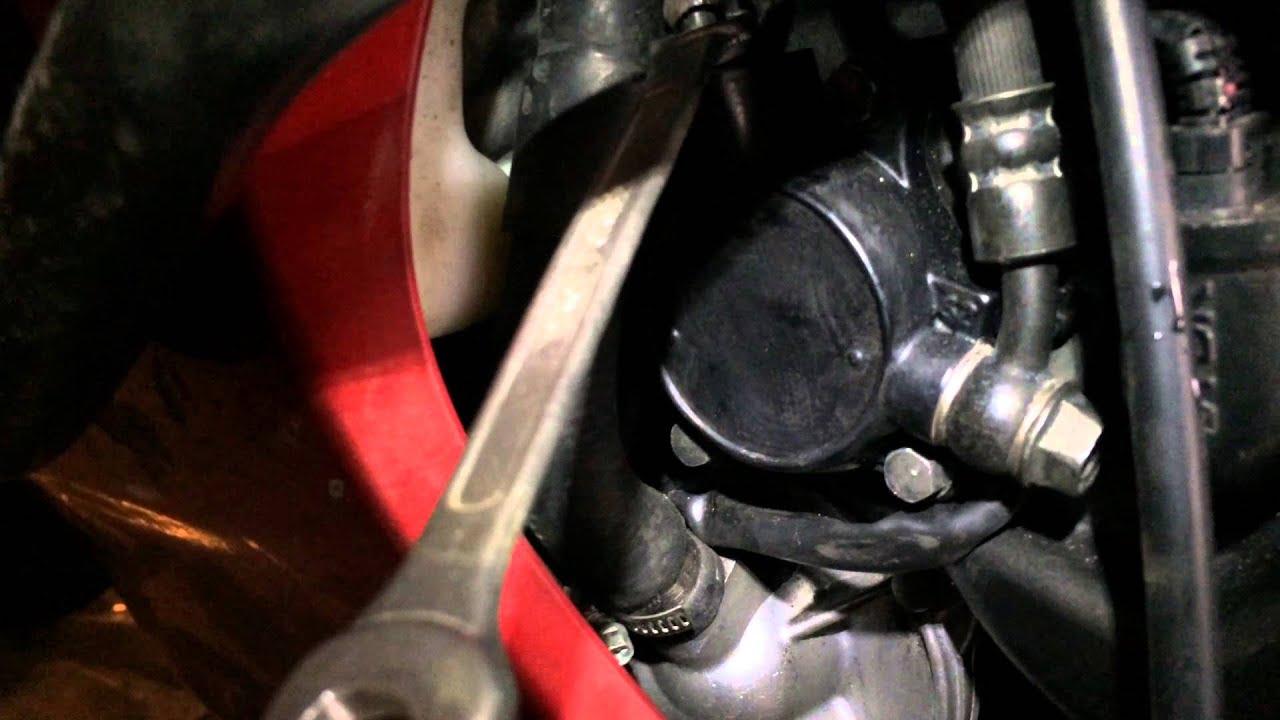 Honda VFR прокачка тормозов #4