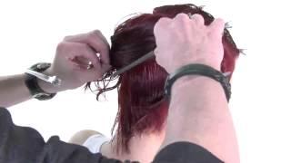 Круглая градуировка на коротких волосах - видео-урок по классической салонной стрижке(Смотреть урок целиком: http://ru.myhairdressers.com/hairdressing-training/classics-hair-cutting1301413379/short-round-graduation-variation.html#., 2013-04-23T07:14:53.000Z)