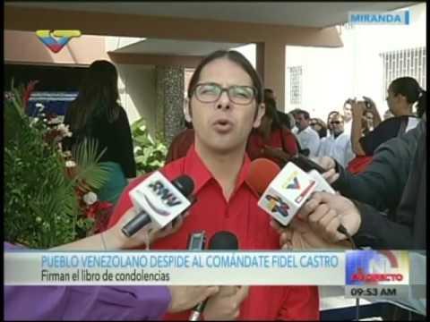 Ministro Freddy Ñáñez firma libro de condolencias a Fidel Castro en Embajada de Cuba