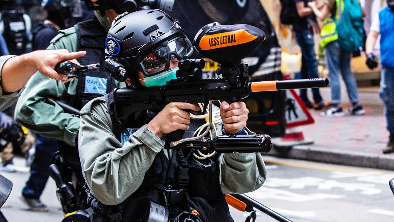 Cops Use Paintball Guns During Protests - YouTube