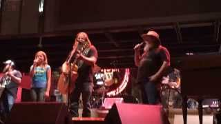 Jamey Johnson - In Color with his dad and daughter