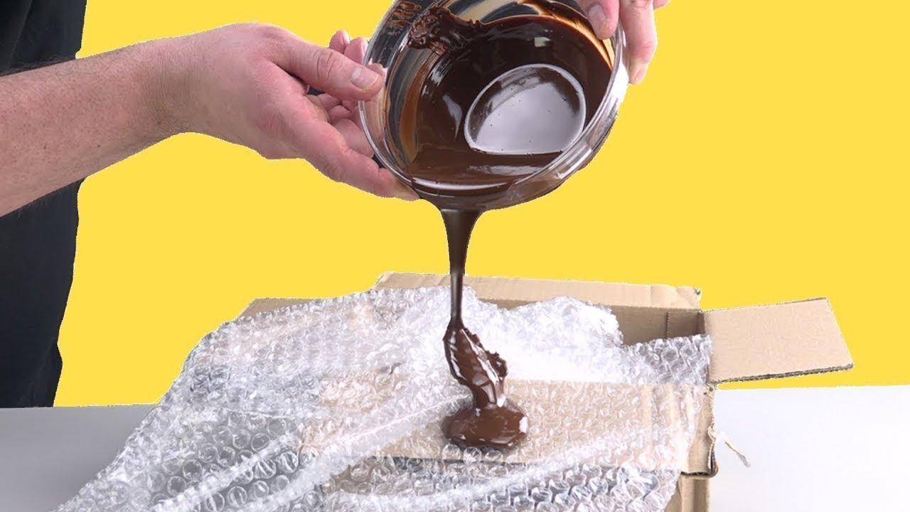 versez du chocolat sur du papier bulle le r sultat est unique youtube. Black Bedroom Furniture Sets. Home Design Ideas