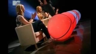 Лена и Нюта в передаче 'Свободен' на MTV (22.04.2011)