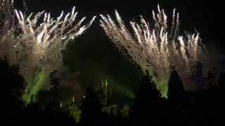 Disneyland Amazing 2016 2017 2018 fireworks Hong Kong New Year countdown celebration