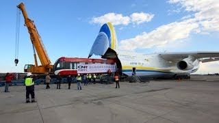 ANTONOV 225 and Gigantic Cargo - Timelapse(, 2013-12-03T13:46:42.000Z)