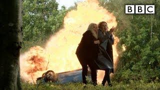 EastEnders fave Mel Owen dies in high speed collision horror - BBC