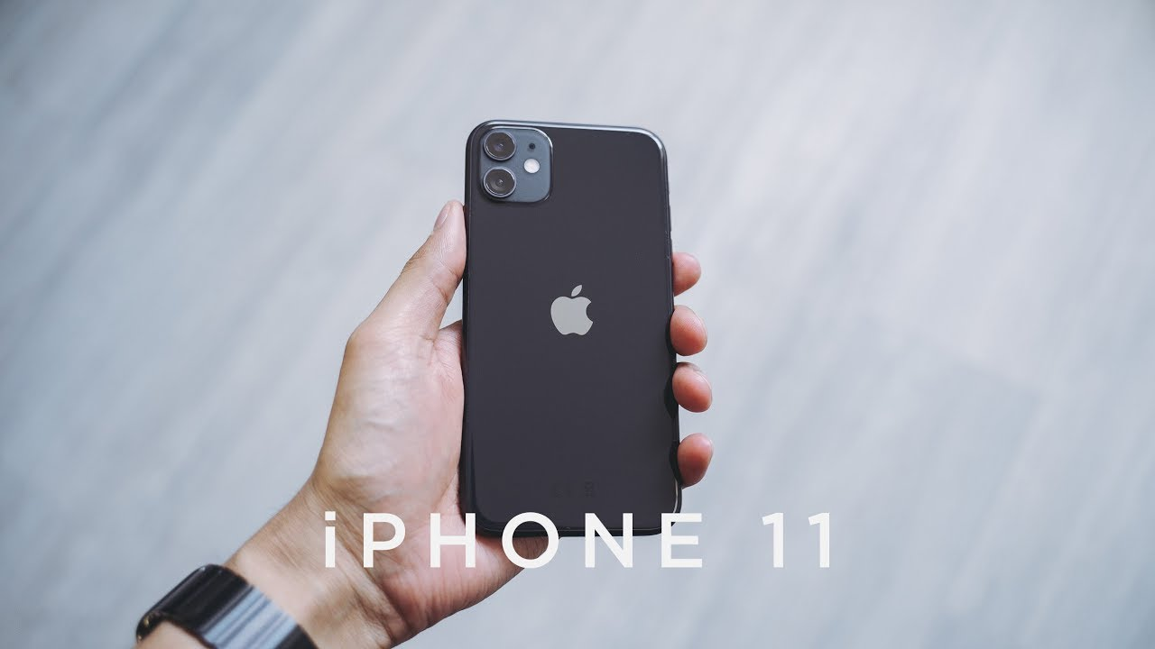 iPhone 11 Black Unboxing & First Impressions - YouTube