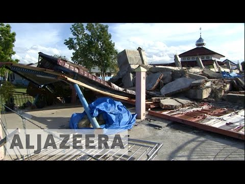 Thousands of Indonesians still homeless after December quake