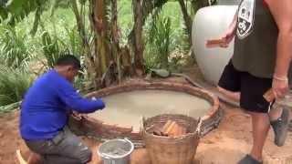 Как построить бассейн.1(Как построить бассейн своими руками во дворе. Пример из Таиланда., 2014-07-19T09:21:52.000Z)