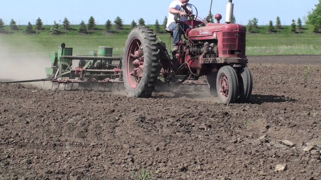 John Deere 1240 4 Row Planter Youtube
