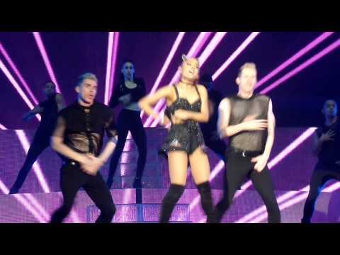 Hands on me - Ariana grande @antwerp