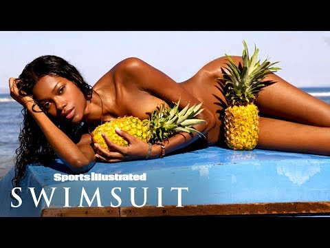 Jessica White Wears Nothing But Pineapples In Hawaii |…