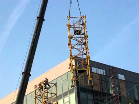 Stavba věžového jeřábu MB-27431