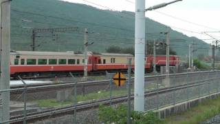 [HD] The Taiwan TRA down Chu-Kuang Express Train haul by GM EMD R100 R134 at Xinzuoying Station