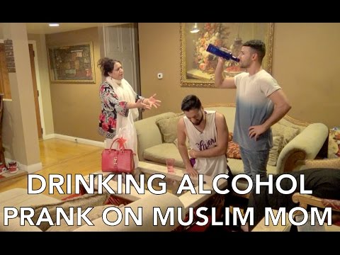 Thumbnail: DRINKING ALCOHOL PRANK ON MUSLIM MOM
