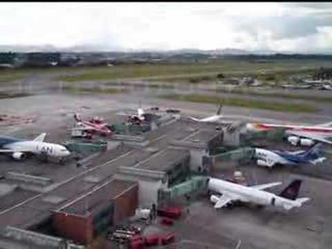 Antiguo aeropuerto el dorado bogot colombia 2008 for Puerta 6 aeropuerto el dorado