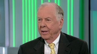 Oil tycoon T. Boone Pickens picks a fight over energy